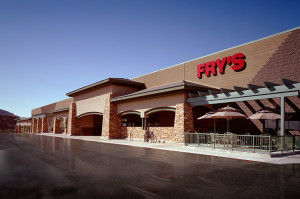 EAGLE MOUNTAIN FRYS - Front of Frys